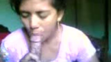Amateur indian babe sucking cock after dildofuck
