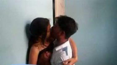 Bangalore college girl Rupa thirsty for juicy blowjob
