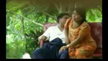 Big Ass Kochi bhabhi extramarital affair with lover