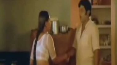Horny Pune Office Couple Fuck In Cowgirl and 69 In Hotel