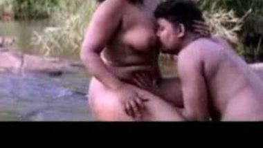 Ahmadabad Medical girl giving hot blowjob session to her senior student