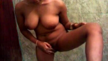 Real Soft And Big Boob Desi Lady