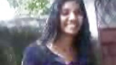 Desi wife having her hubbys face under her legs