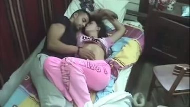 Indian Sonal Aunty Caught Fucking in Jungle