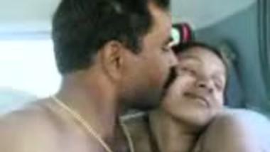 hindi hot short bhabhi naukarani making romance with boss - v