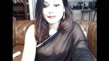 Indian sex video NRI aunty with lover