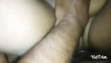 Illigal affair aunty fingering